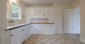 1411-capinteria-street-kitchen