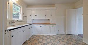 1411-capinteria-street-kitchen