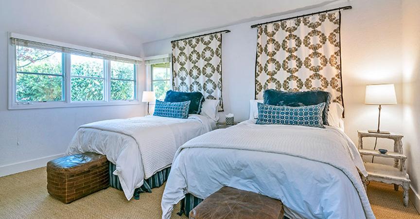 155_summit_bedroom3