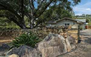 2770-glendessary-lane-featured